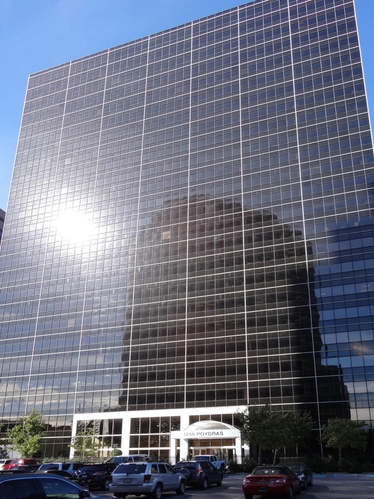 1250 poydras front